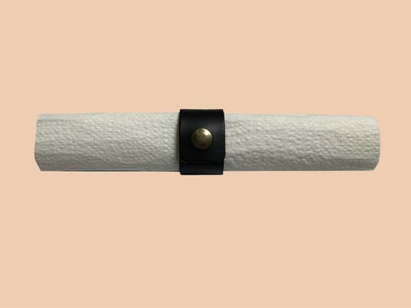 Xapron-Napkin-ring-with-press-button-Buffalo-–-Black